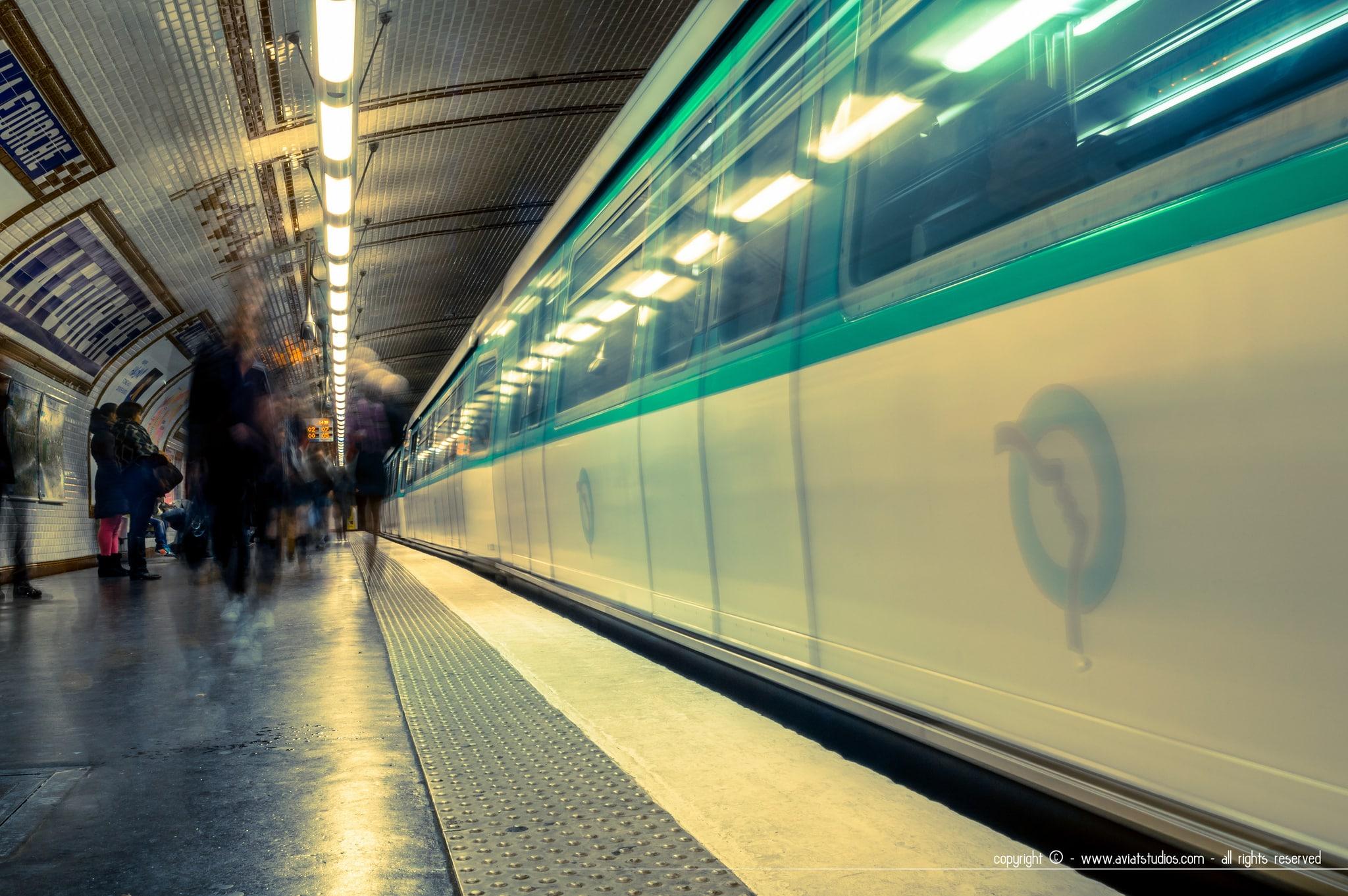un week-end à Paris - métro parisien