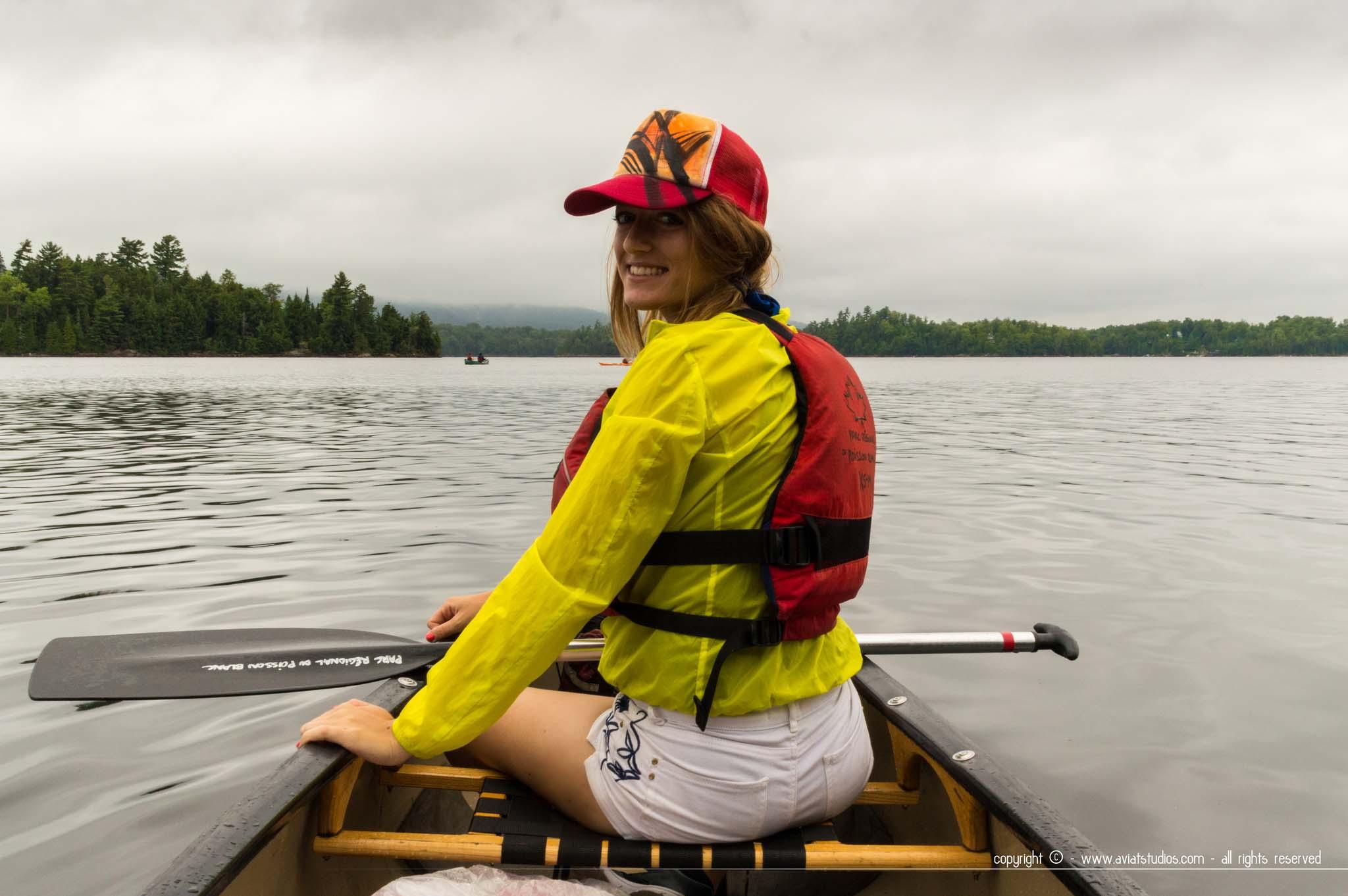 Chloé à la journée canoë au lac du Poisson Blanc à Notre-Dame-du-Laus
