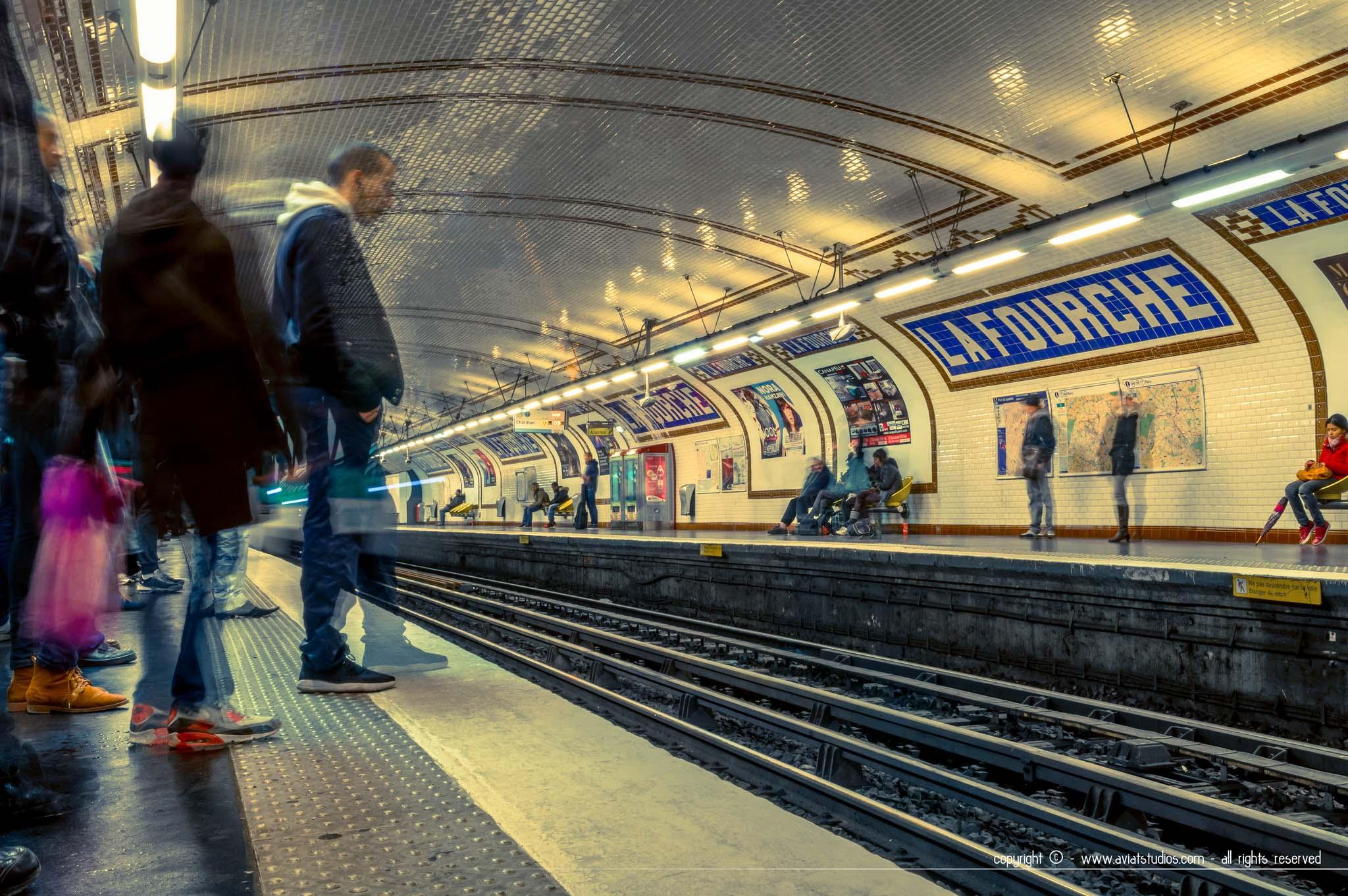 Un week-end à Paris - Le Métro