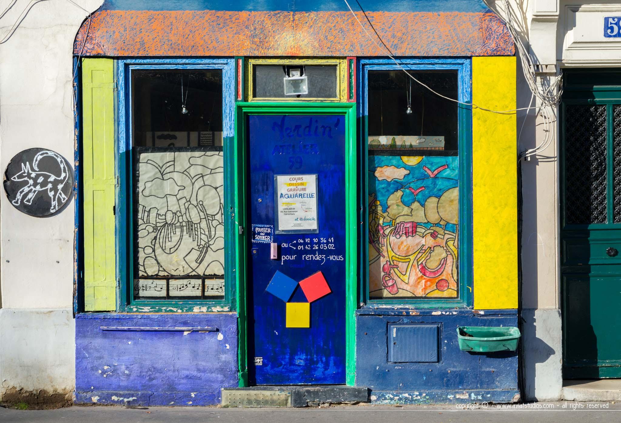 Une façade haute en couleurs dans les Batignolles