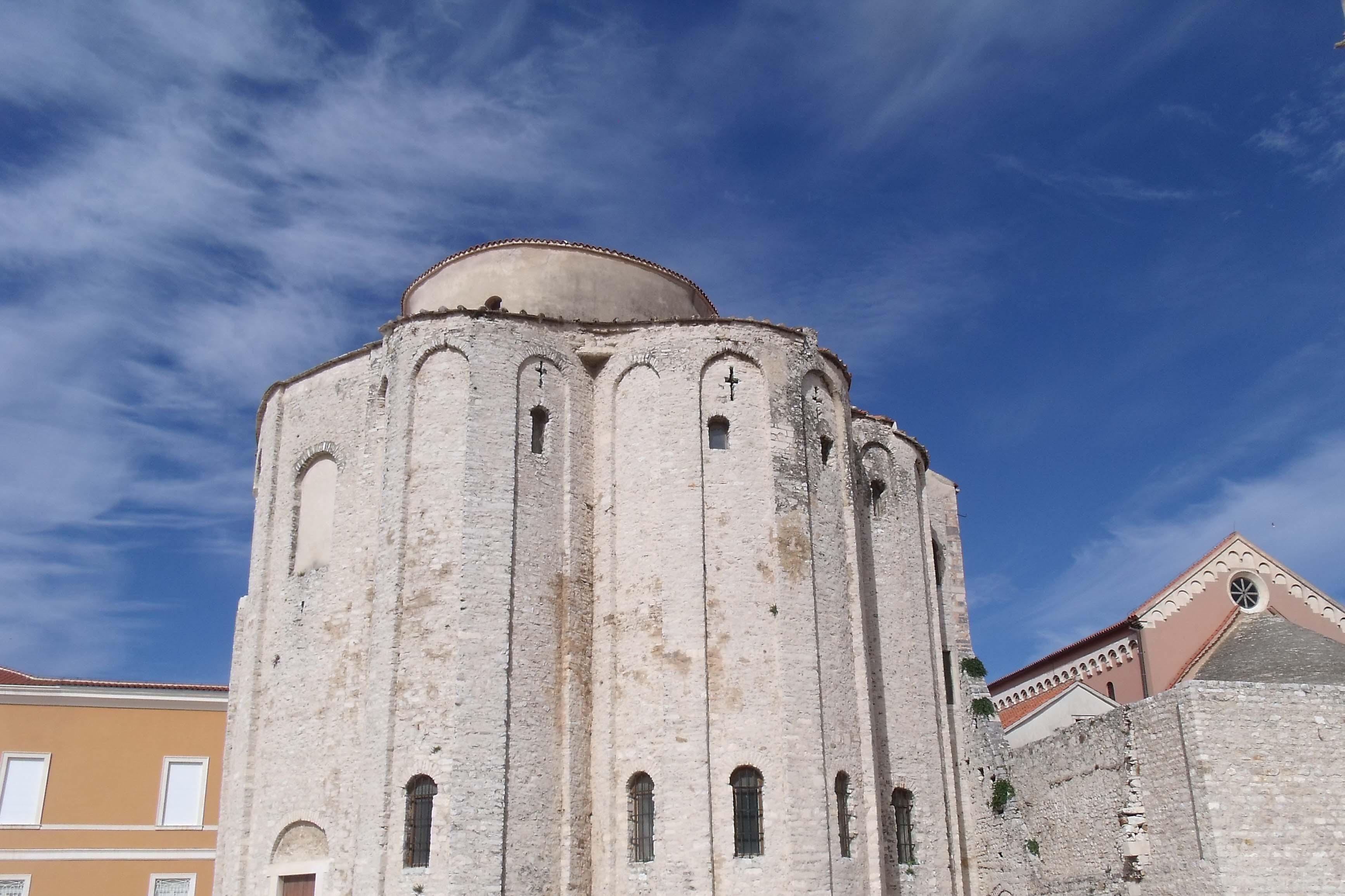 Quelques jours à Zadar - le forum sous un beau ciel bleu
