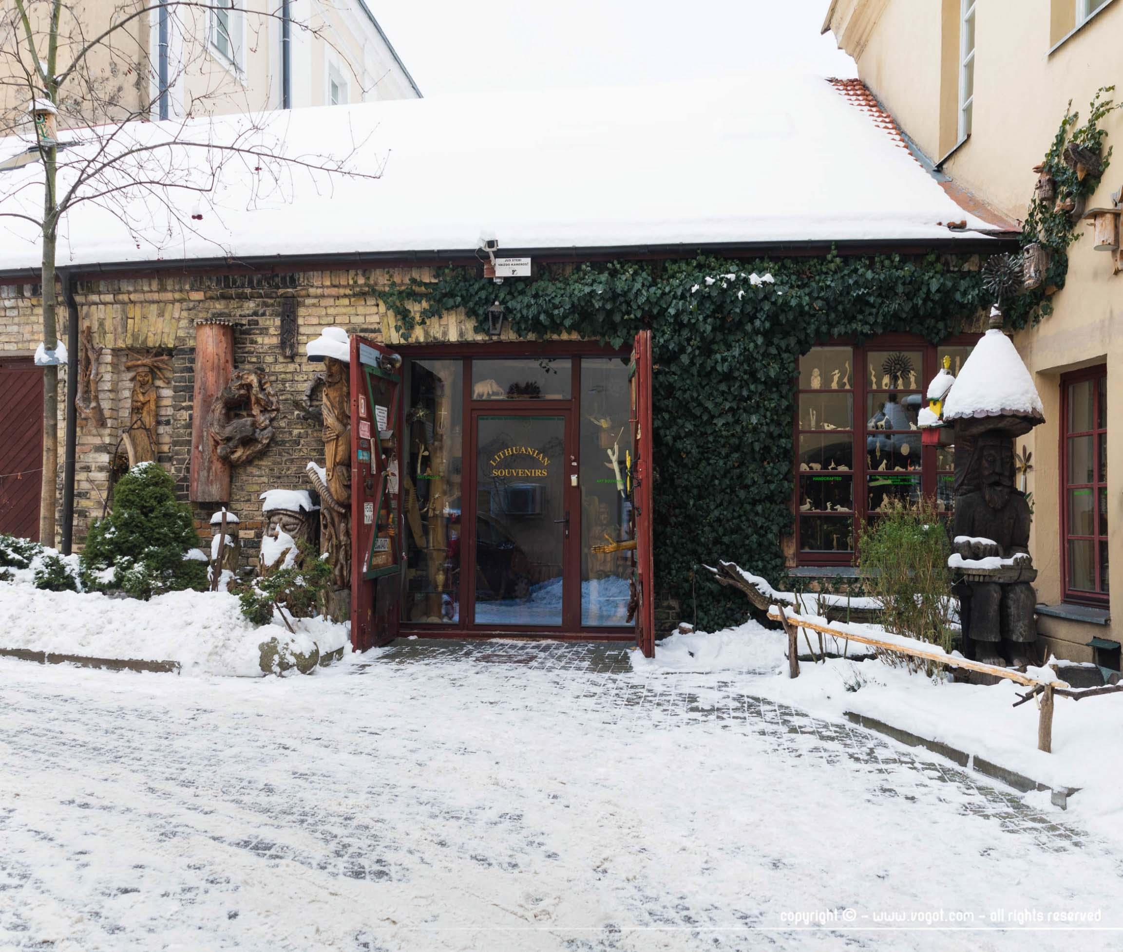 une semaine à Vilnius - Boutique artisanale sous la neige