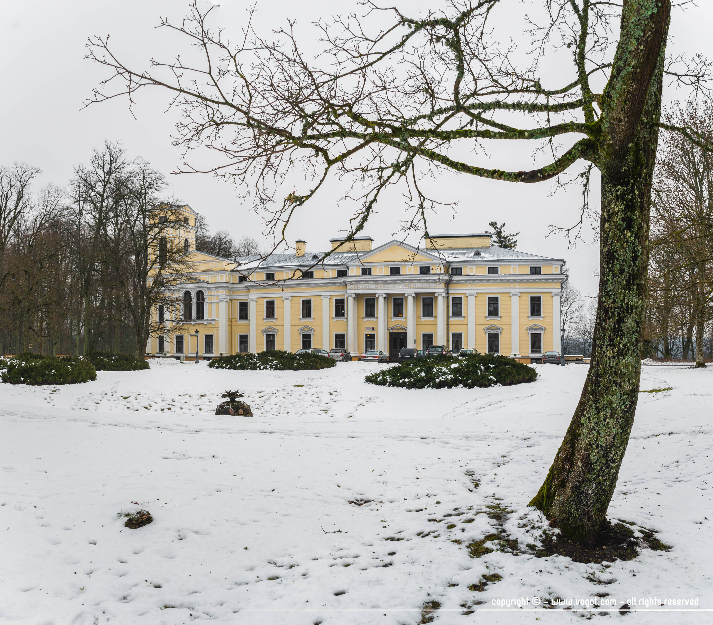 Le château du parc de Verkiai, de style classique - Lituanie